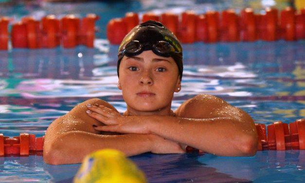 Victoria Kaminskaya representa a seleção nacional no 17º Euromeet do Luxemburgo