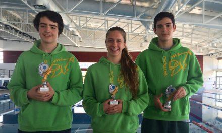 Bernardo Sousa Pereira, João Miguel Santana e Inês Henriques sobem ao pódio no Torneio Nadador Completo