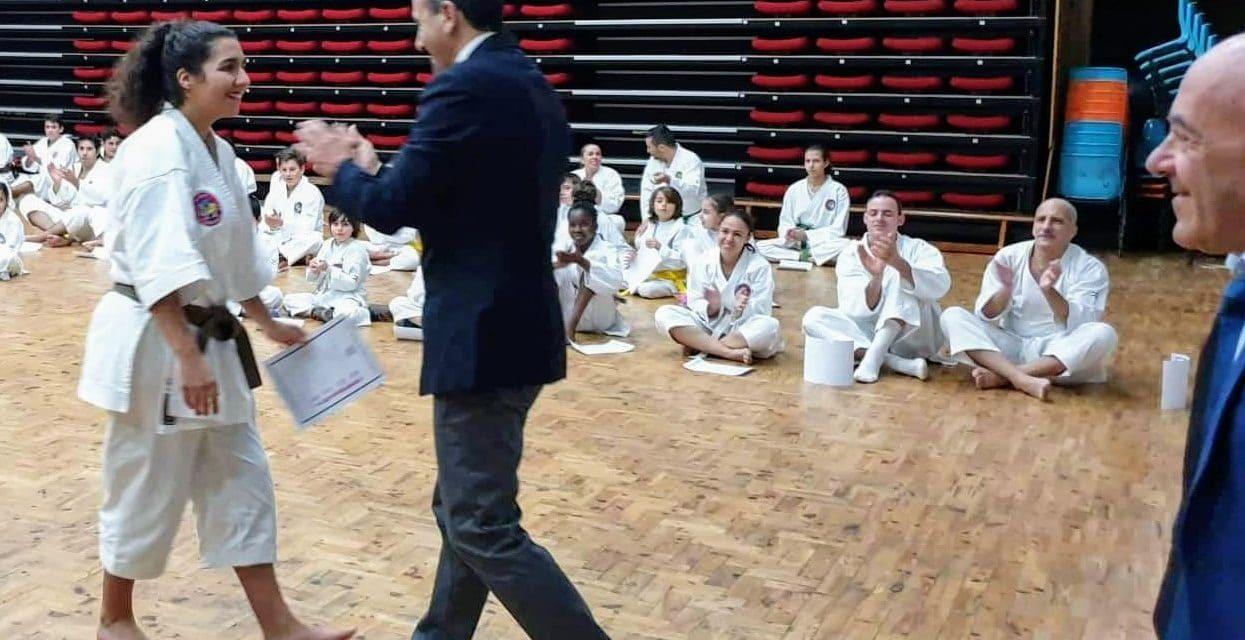 Atletas de karaté Shotokan dos Pimpões sobem de grau
