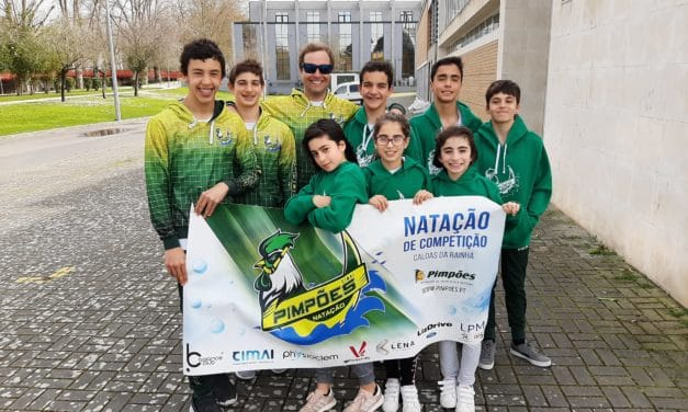 Nadadores dos Pimpões medalhados no Campeonato Interdistrital de Infantis