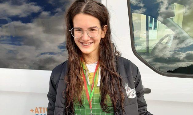 Inês Soares tornou-se vice-campeã zonal aos 50 Costas